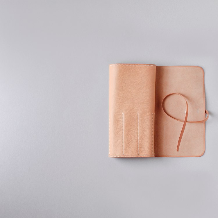kumosha hand stitched leather tool roll 1