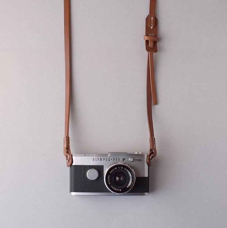 kumosha hand stitched leather camera strap 2