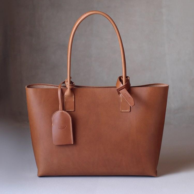 kumosha hand stitched leather tote bag 2 slim