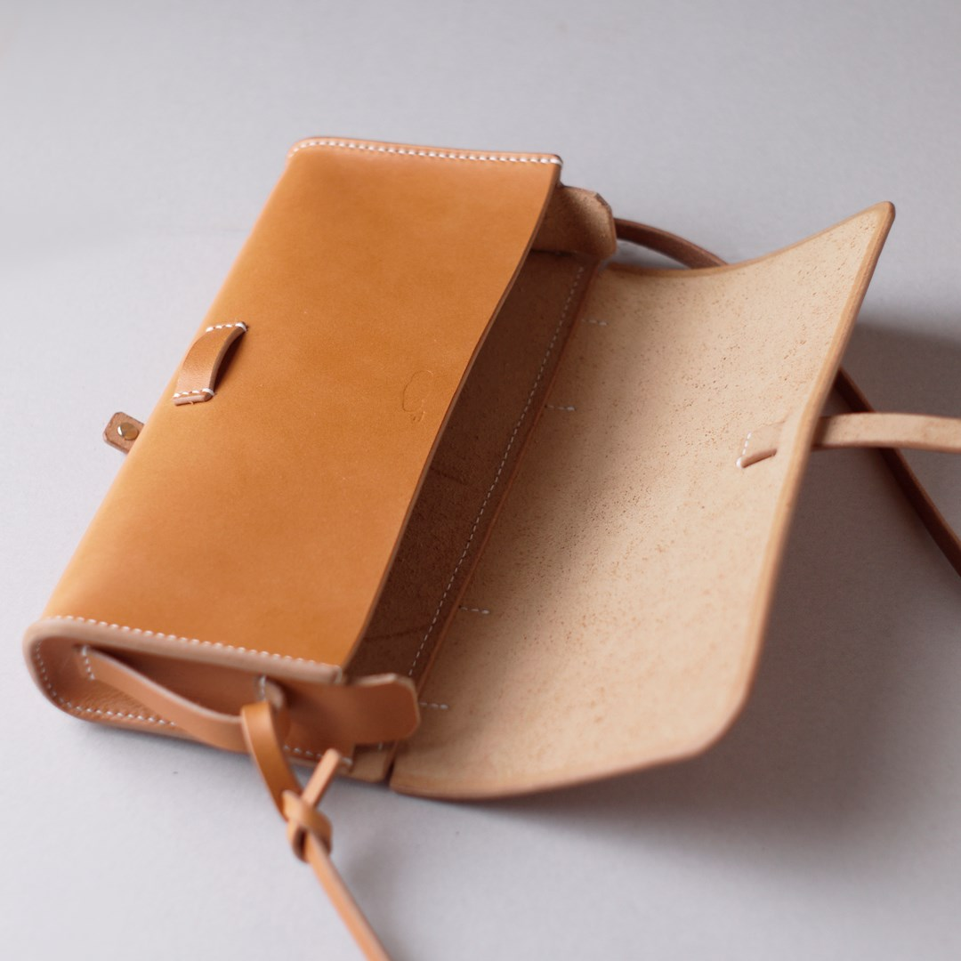 kumosha hand stitched leather bag mimi