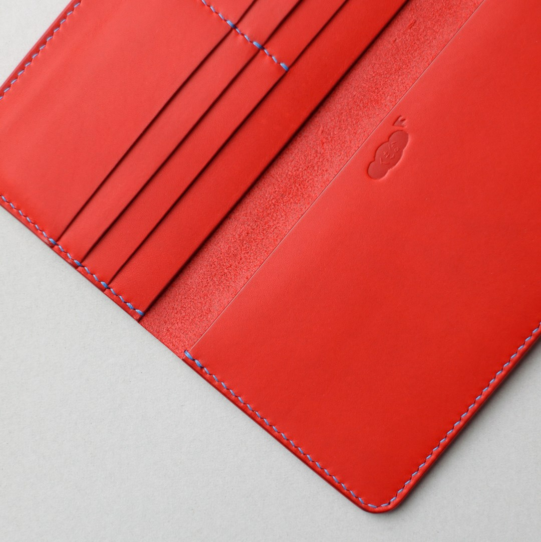 kumosha hand stitched leather long wallet type 01 red and blue stitch
