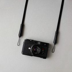 黒いカメラストラップ3型をつくる
