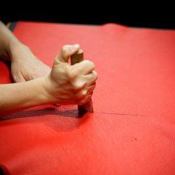 赤いショルダーバッグ業務型SL特注品をつくる(パーツ作り)
