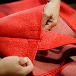 赤いショルダーバッグ業務型SL特注品をつくる(パーツ組上げ)