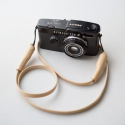 生成りのカメラストラップ3型をつくる