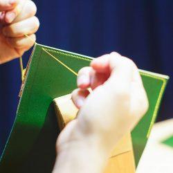 緑の長財布1型をつくる